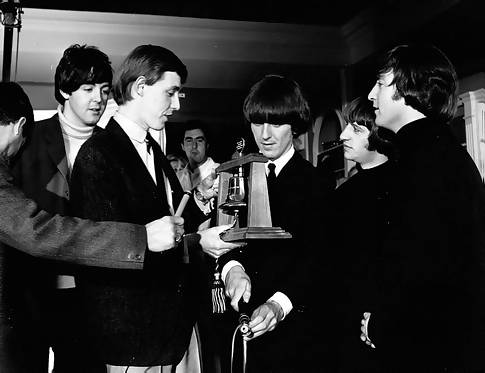 Simon Dee with The Beatles