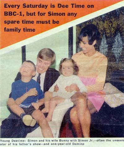 Simon Dee and family